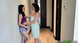 Hot apart woman Sovereign Syre gives a..