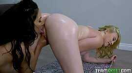 2 curvy homosexual babes Kinsley Anne..