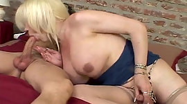 Cum-thirty lady-man enjoys swallowing..